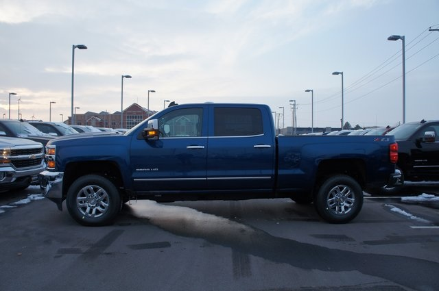 2019 Silverado 3500 Crew Cab 4x4,  Pickup #T09257 - photo 10