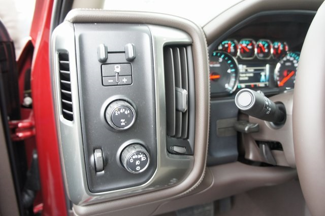 2019 Silverado 3500 Crew Cab 4x4,  Pickup #T09286 - photo 18