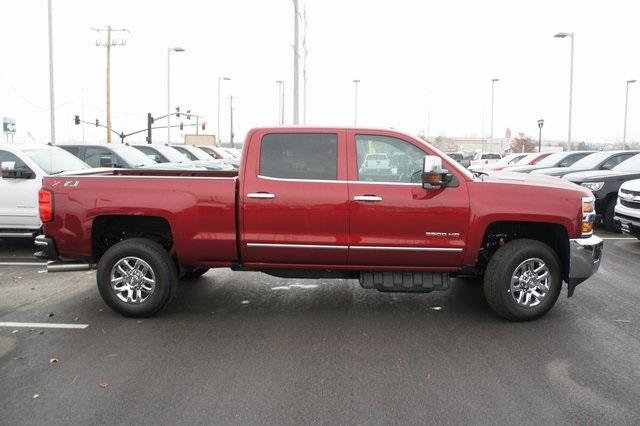 2019 Silverado 3500 Crew Cab 4x4,  Pickup #T09286 - photo 3
