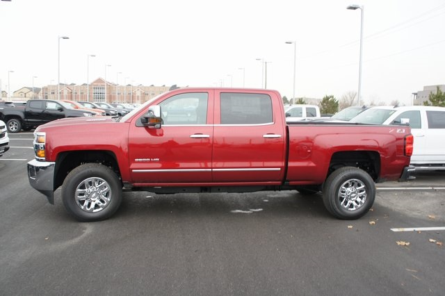 2019 Silverado 3500 Crew Cab 4x4,  Pickup #T09286 - photo 7
