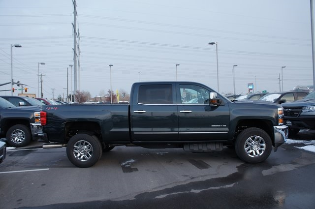 2019 Silverado 3500 Crew Cab 4x4,  Pickup #T09446 - photo 4
