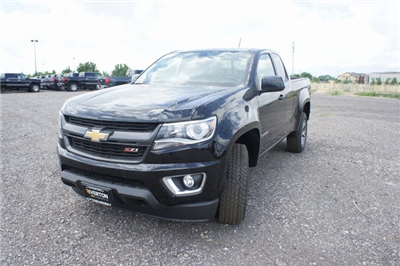 2018 Colorado Extended Cab 4x4,  Pickup #T18001 - photo 7