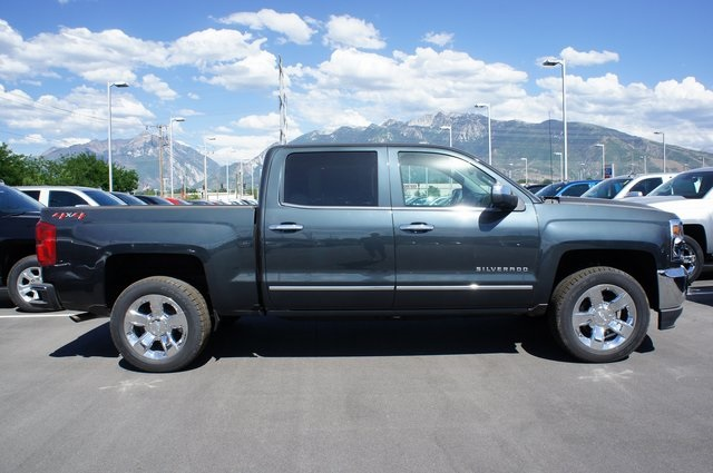 2018 Silverado 1500 Crew Cab 4x4,  Pickup #T18030 - photo 4