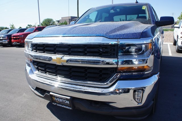 2018 Silverado 1500 Crew Cab 4x4,  Pickup #T18033 - photo 11