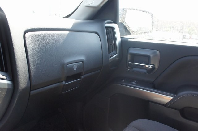 2018 Silverado 1500 Crew Cab 4x4,  Pickup #T18033 - photo 27