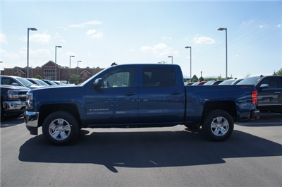 2018 Silverado 1500 Crew Cab 4x4,  Pickup #T18033 - photo 10
