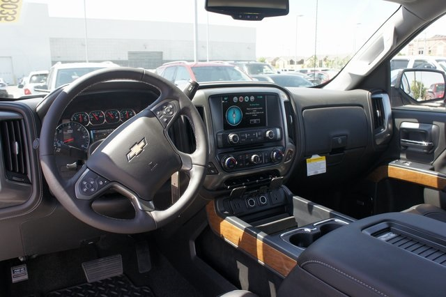 2018 Silverado 1500 Crew Cab 4x4,  Pickup #T18035 - photo 36