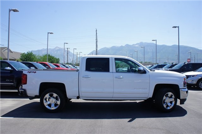 2018 Silverado 1500 Crew Cab 4x4,  Pickup #T18035 - photo 3