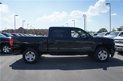 2018 Silverado 1500 Crew Cab 4x4,  Pickup #T18046 - photo 4