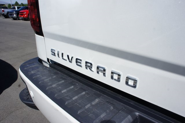 2018 Silverado 1500 Crew Cab 4x4,  Pickup #T18123 - photo 12