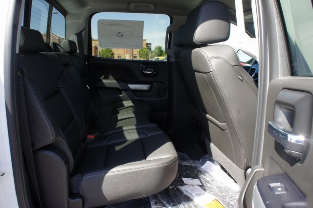 2018 Silverado 1500 Crew Cab 4x4,  Pickup #T18123 - photo 15