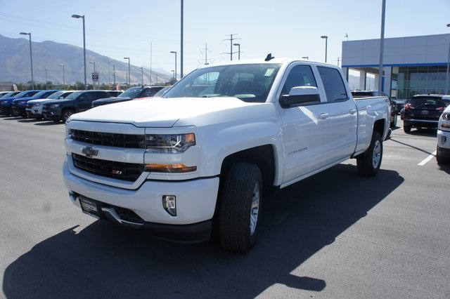 2018 Silverado 1500 Crew Cab 4x4,  Pickup #T18123 - photo 7