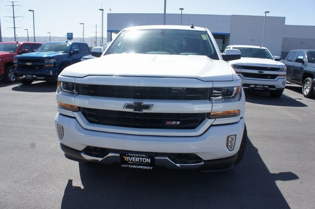2018 Silverado 1500 Crew Cab 4x4,  Pickup #T18123 - photo 8