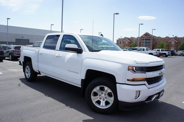 2018 Silverado 1500 Crew Cab 4x4,  Pickup #T18127 - photo 3