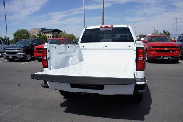 2018 Silverado 1500 Crew Cab 4x4,  Pickup #T18127 - photo 13