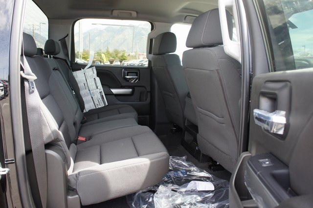 2018 Silverado 1500 Crew Cab 4x4,  Pickup #T18128 - photo 15