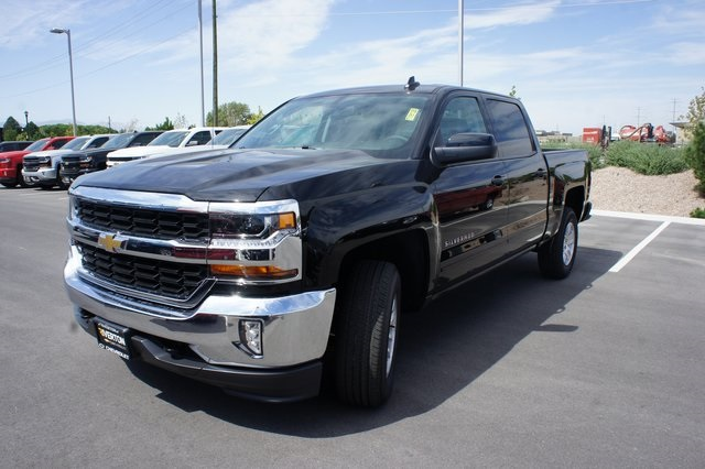 2018 Silverado 1500 Crew Cab 4x4,  Pickup #T18128 - photo 1