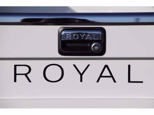 2019 Chevrolet Silverado 2500 Double Cab RWD, Royal Service Body #C40261 - photo 24