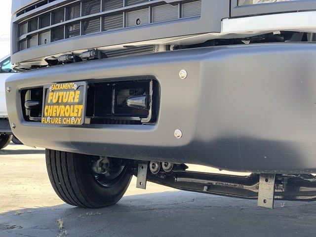 2020 Chevrolet Silverado 5500 Crew Cab DRW 4x2, Knapheide PGND Gooseneck Platform Body #C41003 - photo 11