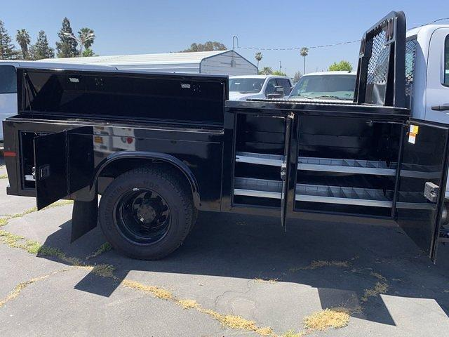 2020 Chevrolet Silverado 5500 Crew Cab DRW 4x2, Knapheide PGND Gooseneck Platform Body #C41003 - photo 27