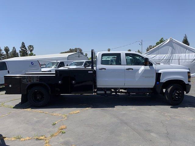 2020 Chevrolet Silverado 5500 Crew Cab DRW 4x2, Knapheide PGND Gooseneck Platform Body #C41003 - photo 8