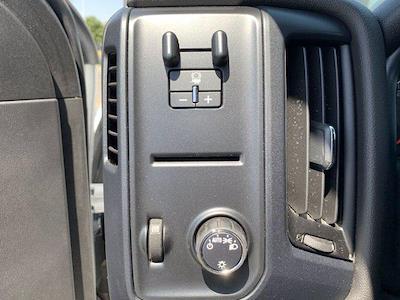2020 Chevrolet Silverado 5500 Crew Cab DRW 4x2, Knapheide PGND Gooseneck Platform Body #C41003 - photo 34