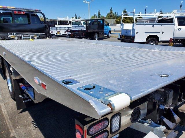 2021 Chevrolet Silverado 6500 Regular Cab DRW 4x2, Miller Industries Century Rollback Body #C41297 - photo 26
