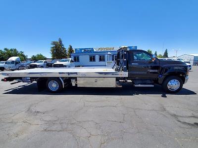 2021 Chevrolet Silverado 6500 Regular Cab DRW 4x2, Miller Industries Century Rollback Body #C41297 - photo 4