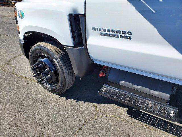 2020 Chevrolet Silverado 5500 Crew Cab DRW 4x2, Chipper Body #C41318 - photo 17