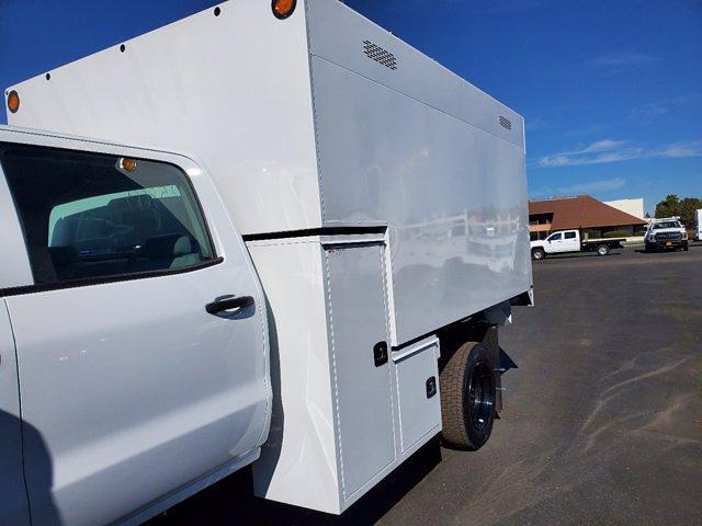 2020 Chevrolet Silverado 5500 Crew Cab DRW 4x2, Chipper Body #C41318 - photo 19