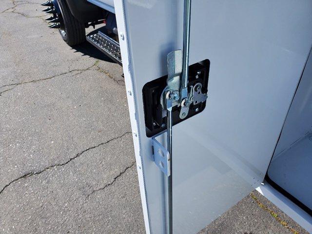 2020 Chevrolet Silverado 5500 Crew Cab DRW 4x2, Chipper Body #C41318 - photo 21