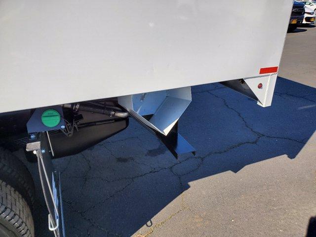 2020 Chevrolet Silverado 5500 Crew Cab DRW 4x2, Chipper Body #C41318 - photo 29