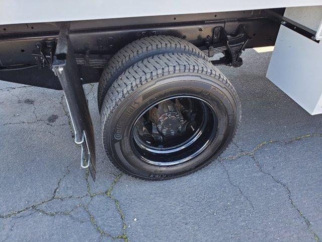 2020 Chevrolet Silverado 5500 Crew Cab DRW 4x2, Chipper Body #C41318 - photo 41