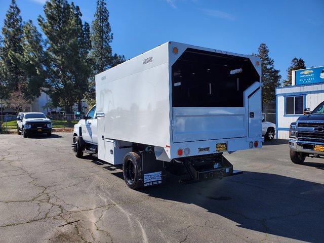 2020 Chevrolet Silverado 5500 Crew Cab DRW 4x2, Chipper Body #C41318 - photo 2