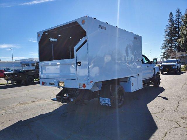 2020 Chevrolet Silverado 5500 Crew Cab DRW 4x2, Chipper Body #C41318 - photo 4