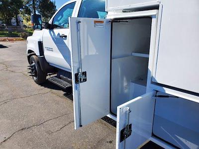 2020 Chevrolet Silverado 5500 Crew Cab DRW 4x2, Chipper Body #C41318 - photo 22