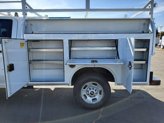 2021 Chevrolet Silverado 2500 Crew Cab 4x4, Royal Truck Body Service Body #C41455 - photo 17