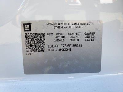 2021 Chevrolet Silverado 2500 Crew Cab 4x4, Royal Truck Body Service Body #C41455 - photo 45