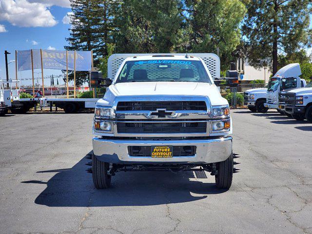 2021 Chevrolet Silverado 5500 Regular Cab DRW 4x4, Scelzi WFB Platform Body #CV00015 - photo 3