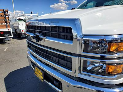 2021 Chevrolet Silverado 5500 Regular Cab DRW 4x4, Scelzi WFB Platform Body #CV00015 - photo 11