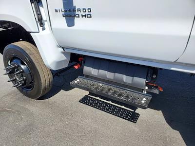 2021 Chevrolet Silverado 5500 Regular Cab DRW 4x4, Scelzi WFB Platform Body #CV00015 - photo 15