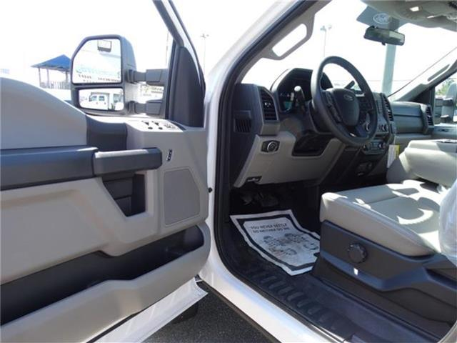 2017 F-550 Crew Cab DRW, Knapheide Platform Body #17F016 - photo 11