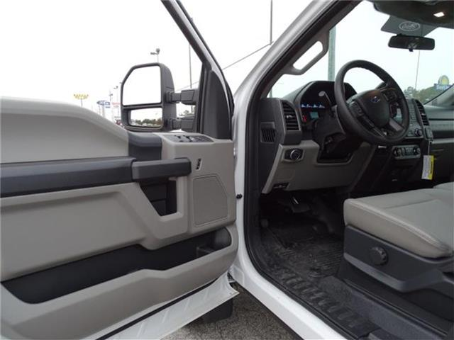 2017 F-450 Crew Cab DRW, Cab Chassis #17F054 - photo 41