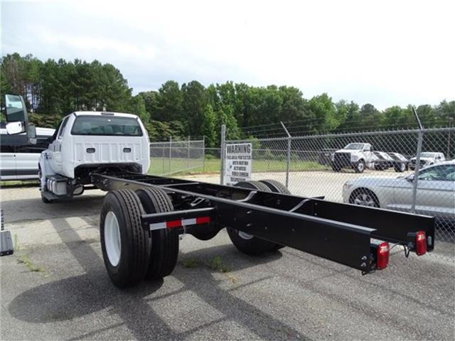 2017 F-650 Crew Cab DRW Cab Chassis #17F163 - photo 2