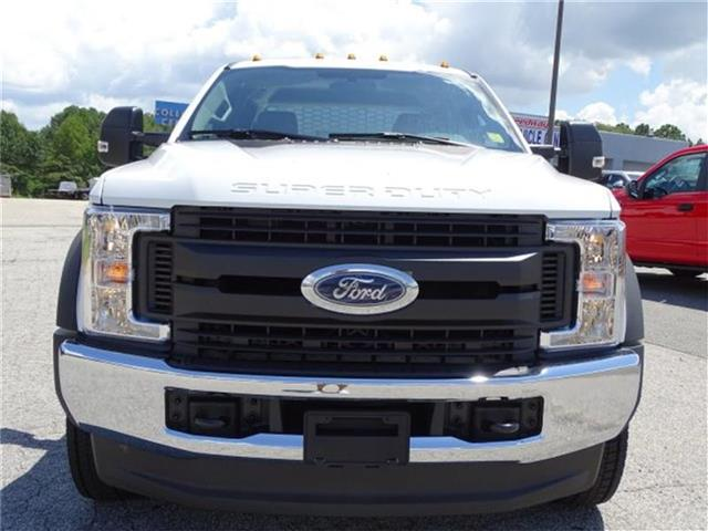 2017 F-450 Crew Cab DRW 4x4, Platform Body #17F205 - photo 3