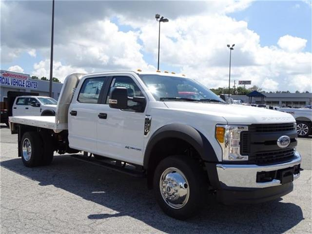 2017 F-450 Crew Cab DRW 4x4, Platform Body #17F205 - photo 4