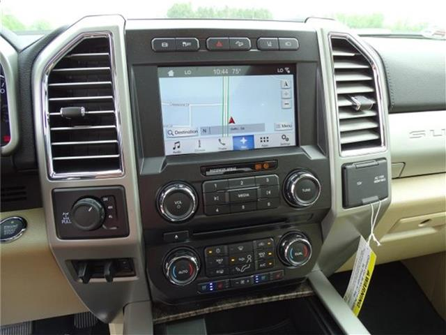 2017 F-250 Crew Cab 4x4, Pickup #17T261 - photo 25