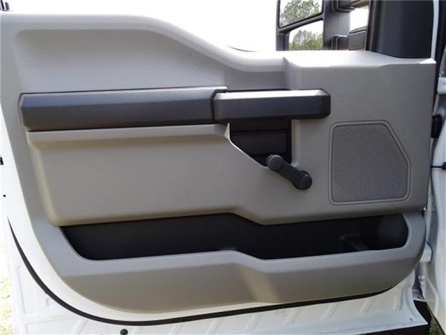 2018 F-550 Regular Cab DRW, Cab Chassis #18F066 - photo 6