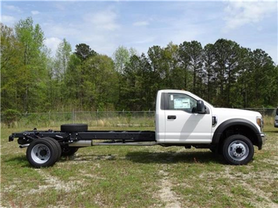 2018 F-550 Regular Cab DRW, Cab Chassis #18F066 - photo 2