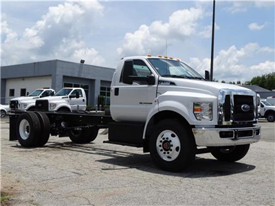 2018 F-750 Regular Cab DRW 4x2,  Cab Chassis #18F148 - photo 4